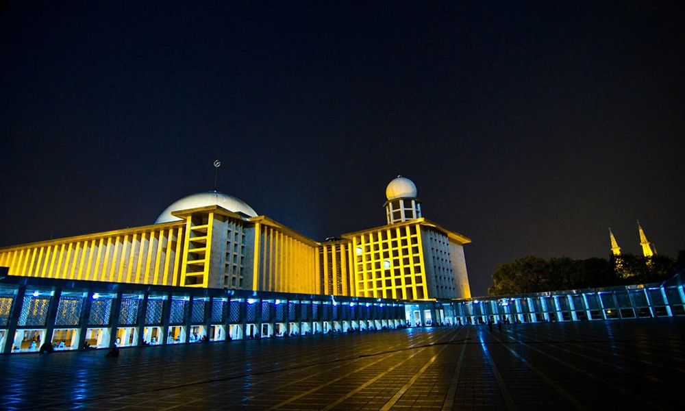 Things not to miss in Indonesia: Istiqlal Mosque in Jakarta