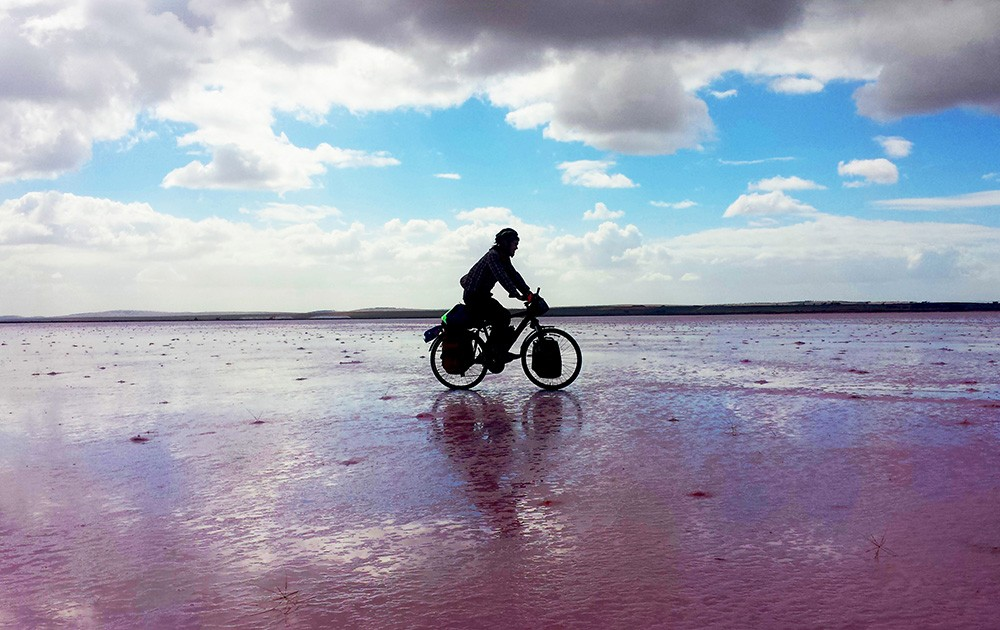Dreaming of become the first person in history to bike across all seven continents