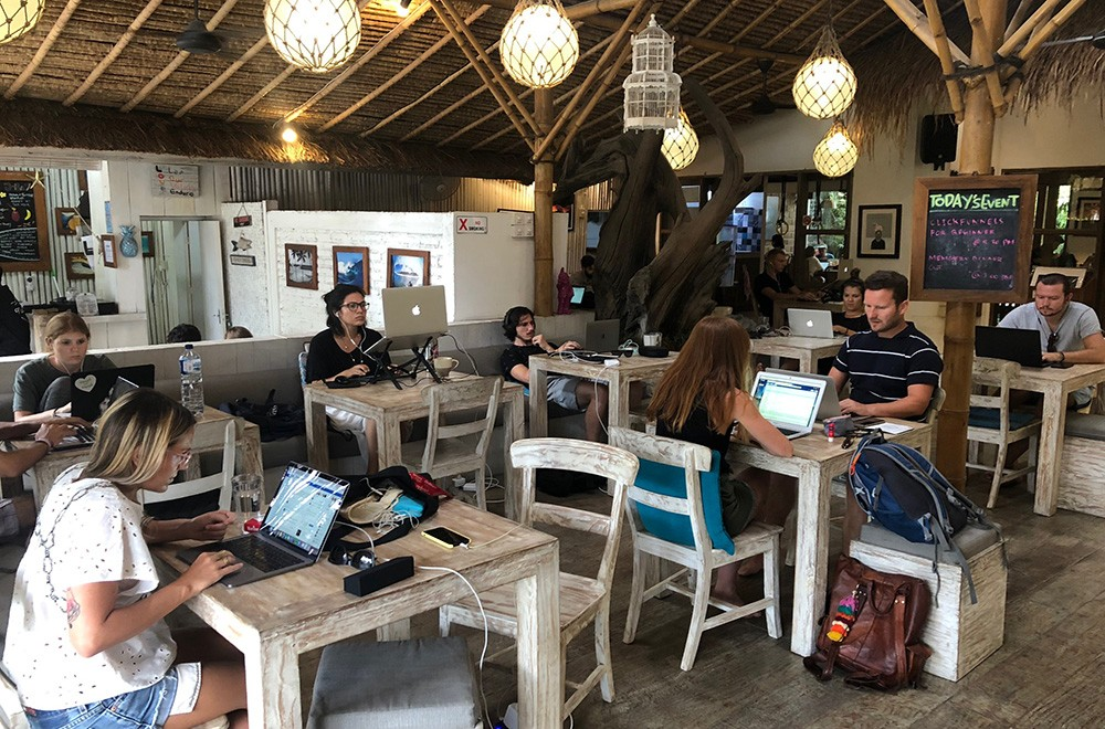 digital nomads in Bali: quality of the internet & co-working spaces