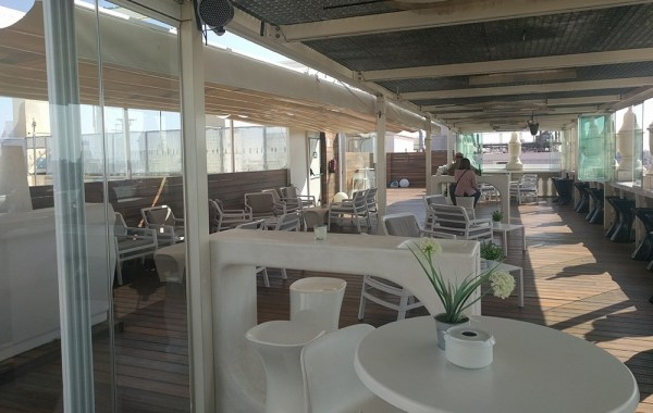 rooftop_bar_in_valencia