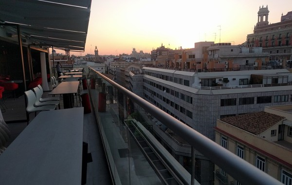 rooftop_bars_in_valencia_spain