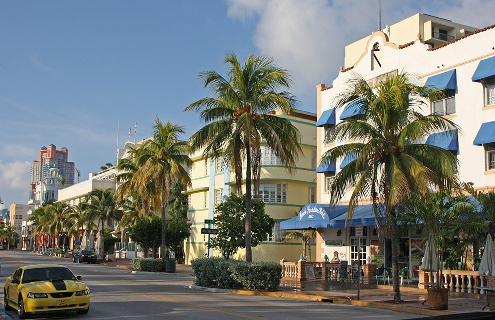 Some of the best places to visit by boat in Miami: Miami Art Deco District