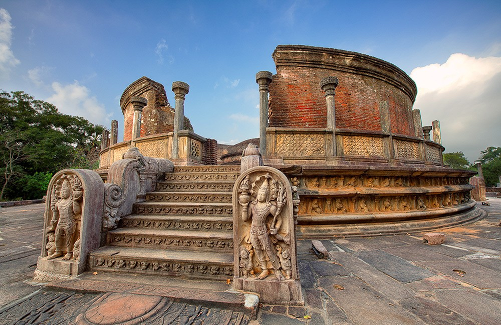 Historical places to visit in Sri Lanka: Polonnaruwa
