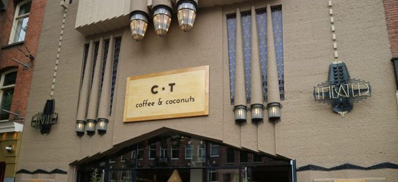 Best places to eat when visiting Amsterdam: Coffee & Coconuts