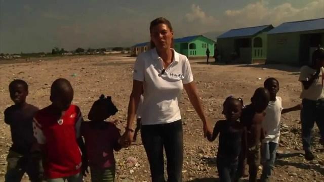 riviera international film festival 9 maggio martina colombari haiti