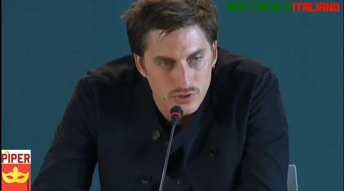 Martin Eden la conferenza stampa a Venezia 76 con Luca Marinelli e Pietro Marcello (VIDEO)