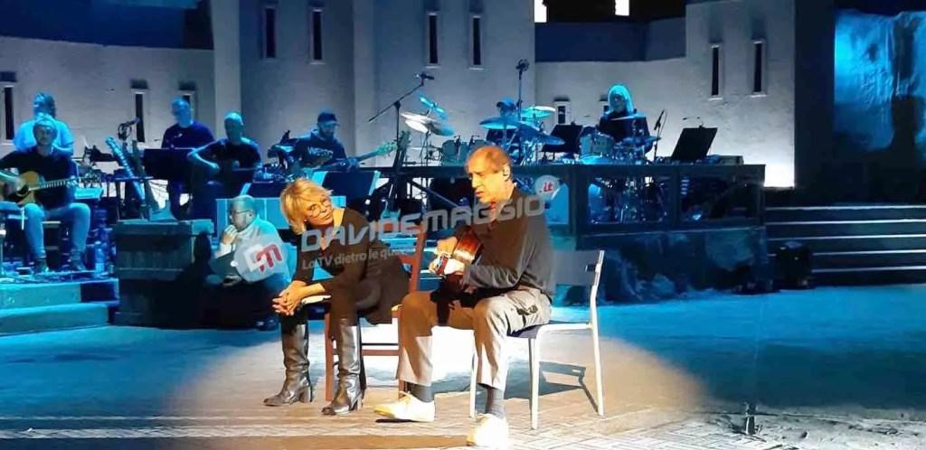 Adrian ospiti di stasera Maria De Filippi e Gianni Morandi,