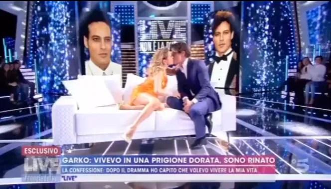 Ascolti TV | Social Auditel 11 novembre 2019: Non è la D'Urso prima tendenza, il bacio tra Gabriel Garko e Barbara D'Urso fa impazzire i social