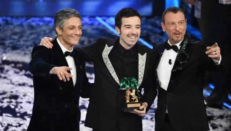 Sanremo 2020 ascolti serata finale, record del 60,6% share più alto dal 2002, picchi oltre il 75% con Amadeus e Fiorello
