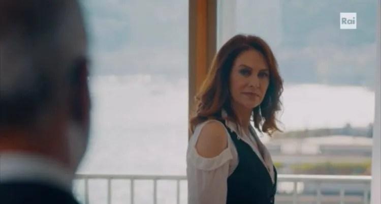 Vivi e lascia vivere backstage, trama e foto dal set, la fiction con Elena Sofia Ricci in onda da stasera su Rai 1