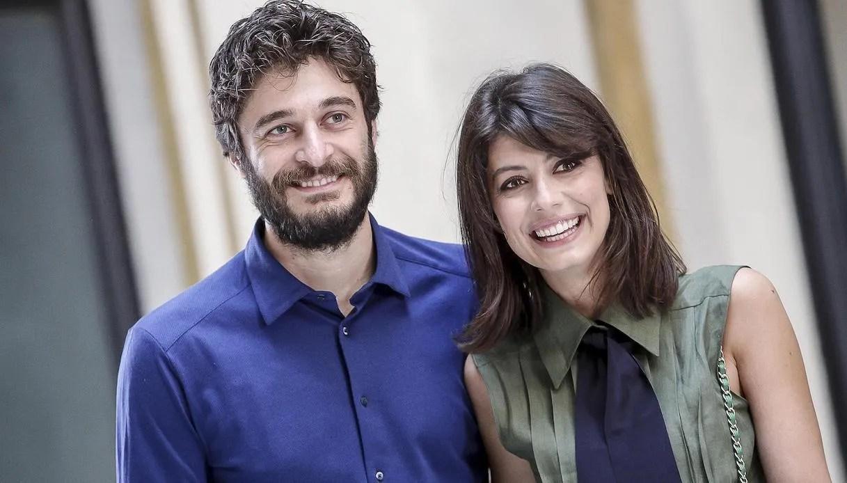 La TV ai tempi della pandemia su Rai 1: Carlo Conti, Renzo Arbore, Lino Guanciale e Alessandra Mastronardi raccontano la loro quarantena