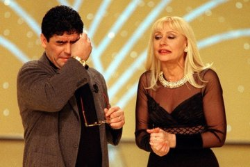 maradona-in-tv-raffaella-carrà