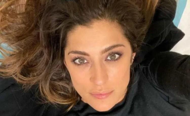 Elisa Isoardi si ritira dall'Isola: grave infortunio all'occhio
