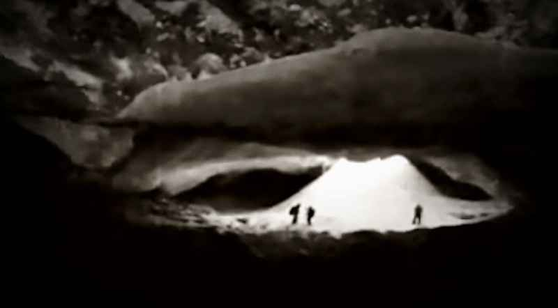 98 Cave 1