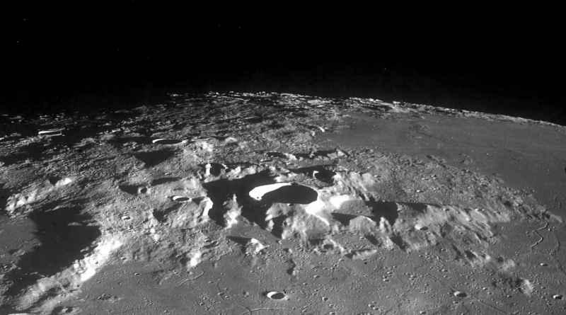 2 Moon 1