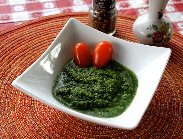 Mint Chutney with ginger
