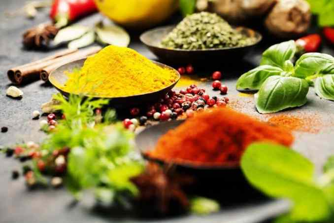 Top 10 Belly Fat Burning Foods For A Flat Stomach - Spices