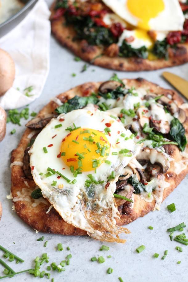 Breakfast Naan Pizzas - 2 Ways!