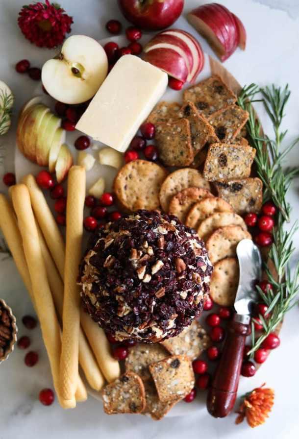 Cranberry Pecan Caramelized Onion Cheeseball