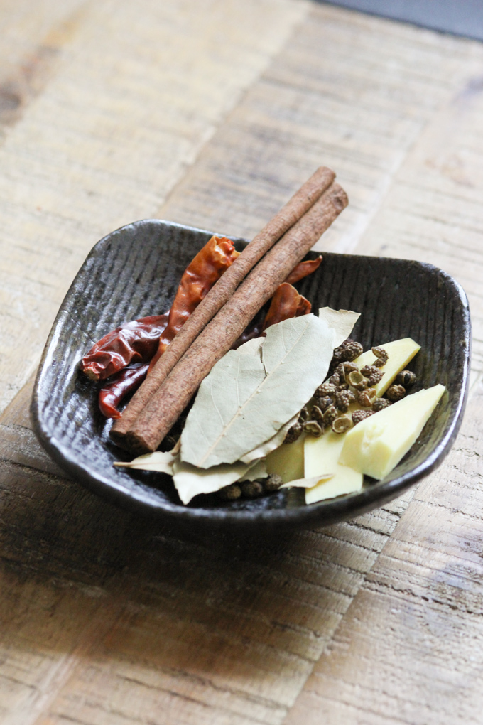 Spices for Pork Belly with Spicy Garlic Sauce