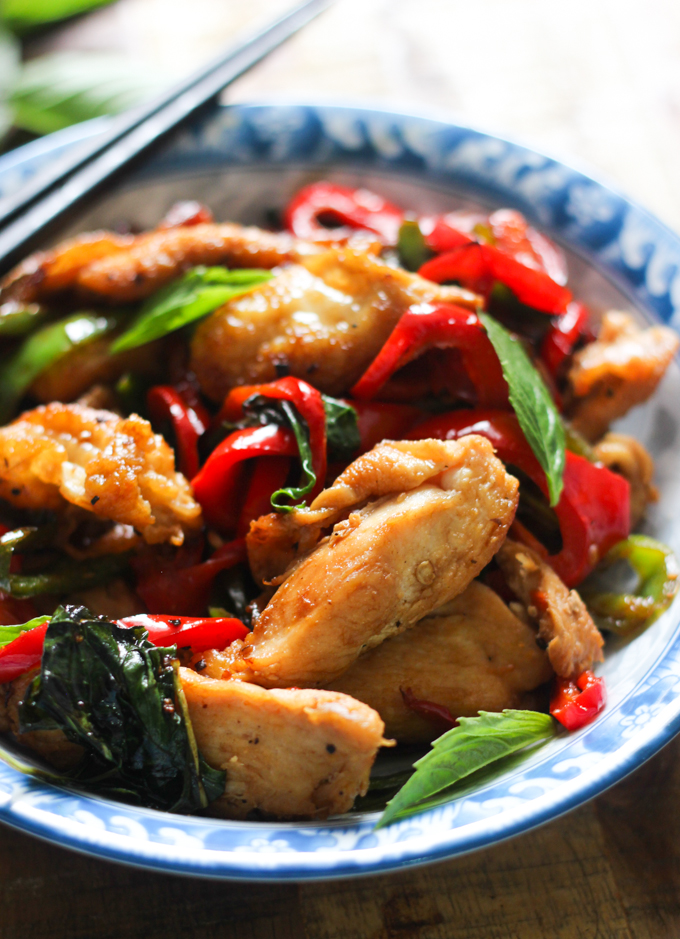 thai basil chicken image