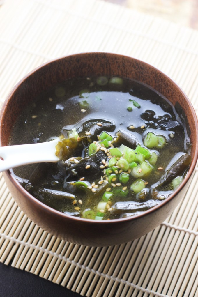 Korean seaweed soup with beef