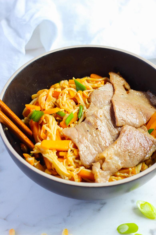 Pumpkin and Enoki Mushroom Salad Rice Bowl