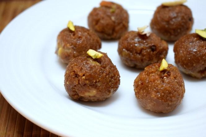 Coconut Khoya Ladoo