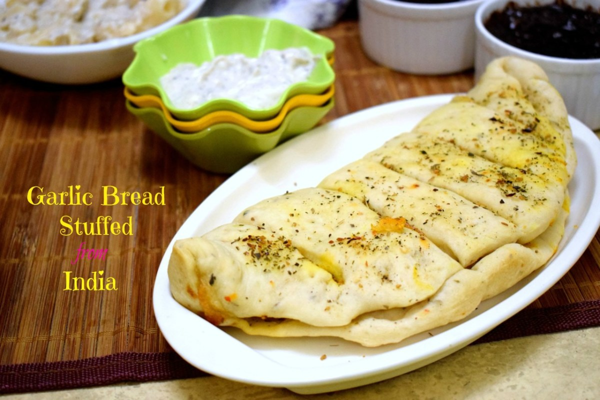 Garlic Bread | Dominos Style Stuffed Garlic Bread from India