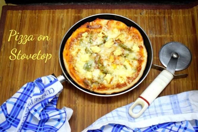 Tava Paneer Pizza