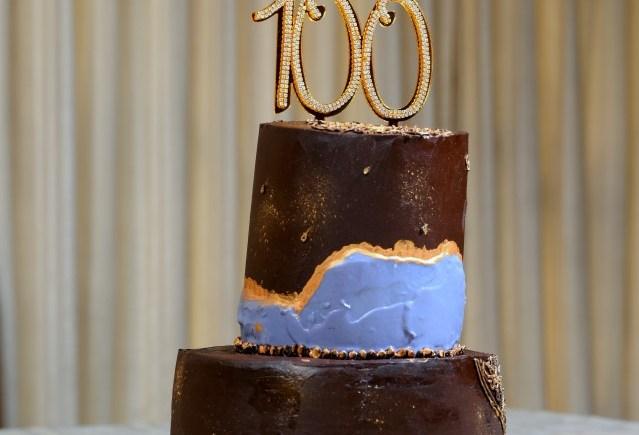 BM#100 Tiered Chocolate Vanilla Dark Chocolate Ganache Cake
