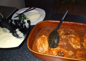 mash with pork chops in bourguignon gravy