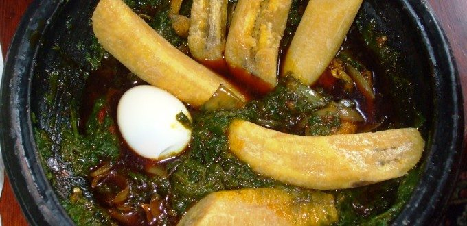Boiled Green Plantain with kontonmire stew and egg