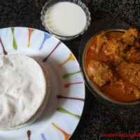 Pathiri and Kozhi curry