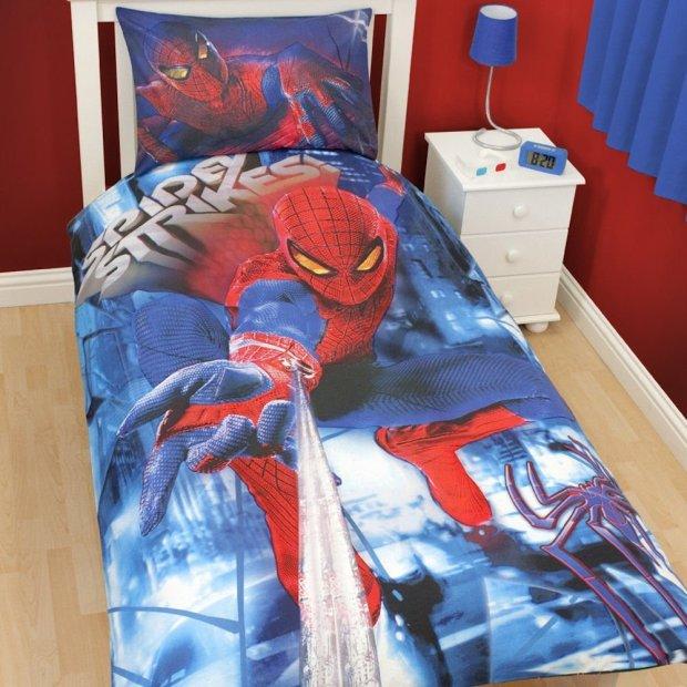 Spidey Strikes Spider-Man Bedding
