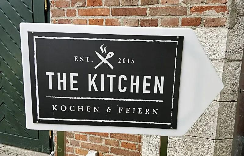 The Kitchen Neu-Ulm Eingangsschild