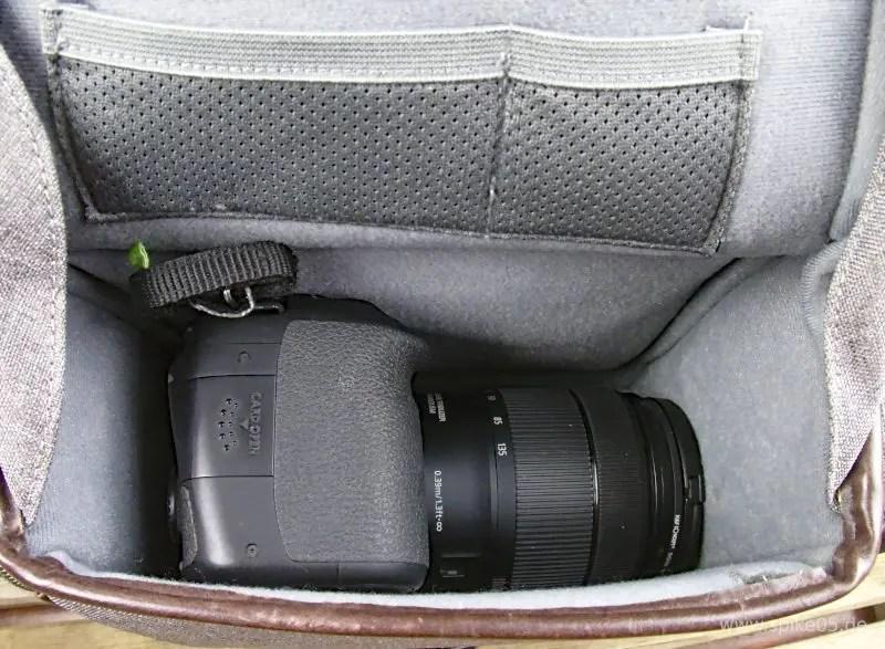 Cosyspeed Camslinger Streetomatic+ mit Canon 80D + 18-135mm Objektiv