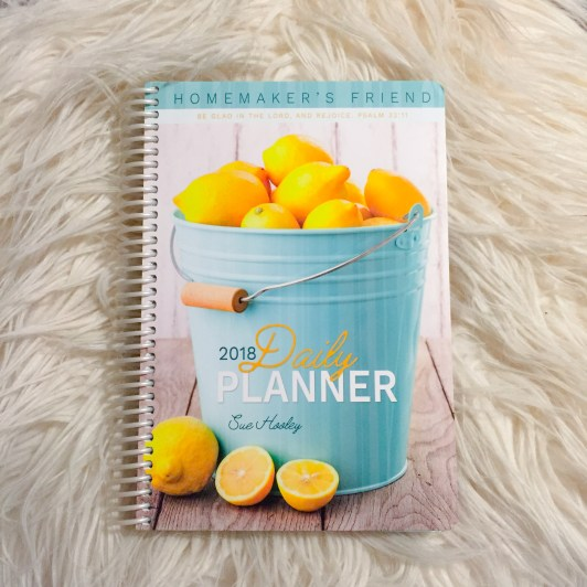 The Homemaker's Friend 2018 Daily Planner Review | SpikedParenting