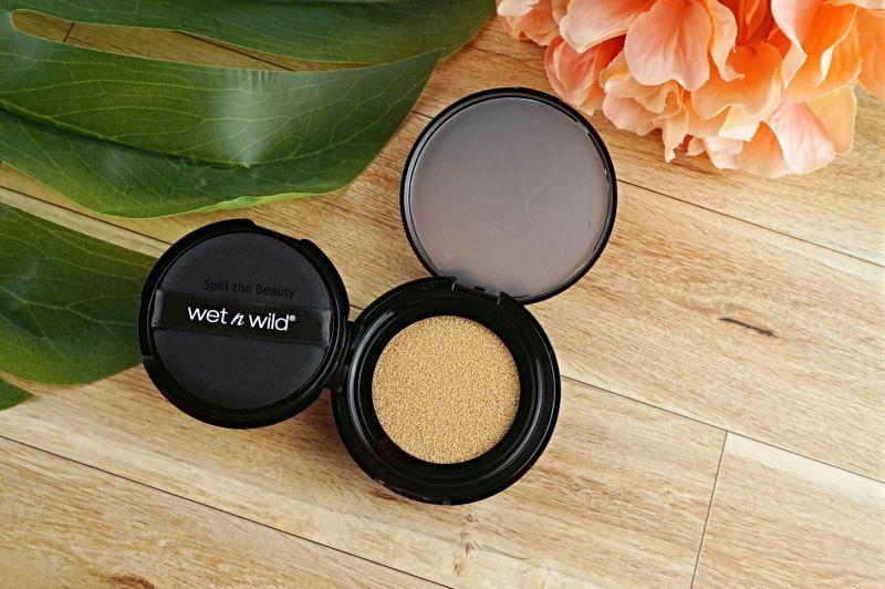 wet n wild mega cushion foundation review swatches coimparison photofocus light ivory