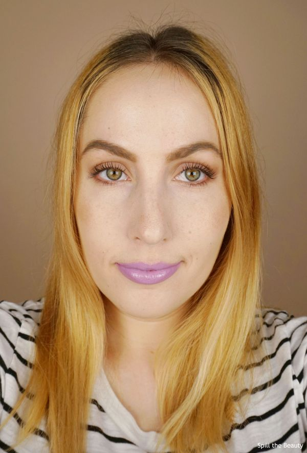 lip swatch TooFaced Melted Latex Liquified High Shine Lipstick Twilight Zone comparison dupe