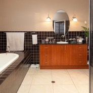 Ensuite with Oval Bath