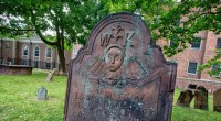 Boston Common Cemetery, photo by Kamil Dziedzina