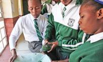 South African students with spirulina