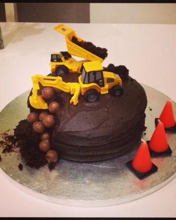 Easy Digger Birthday Cake