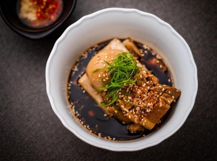 Nutmeg & Clove Teochew Lor Bak