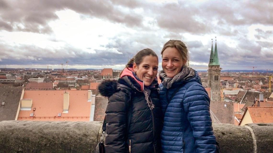 Claudia und Kristina über Nürnberg