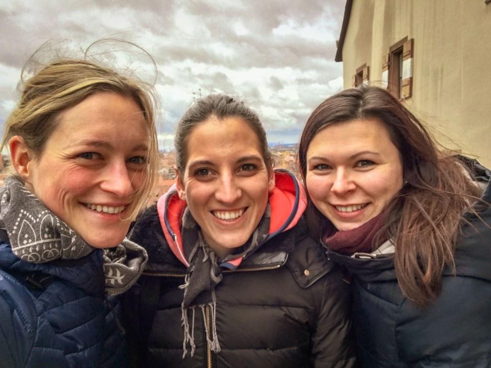 Drei Mädels über Nürnberg