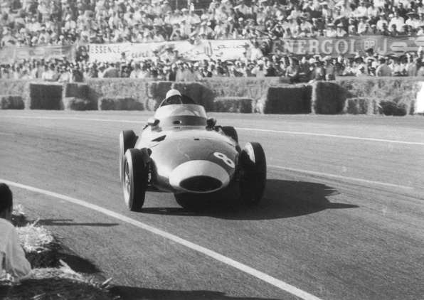 1958-gp-de-marruecos-stirlingmossvanwallvw-5