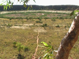 Wolfe Creek Crater tanami track tours