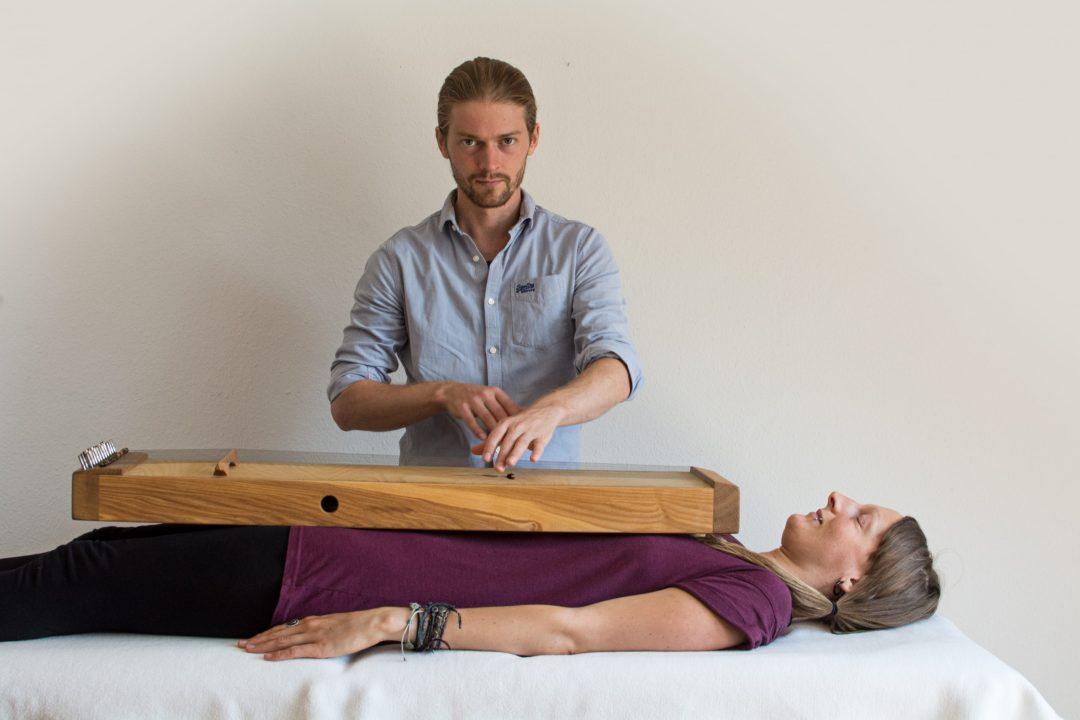 Klangtherapie mit dem Körpermonochord
